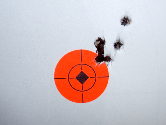 R10 ist group at 50 yards.